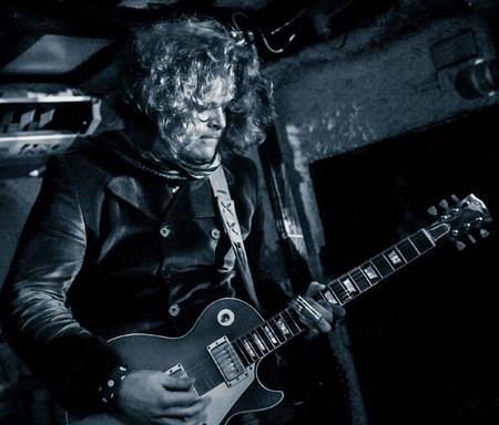 Simo, photo by John Bull/Rockrpix